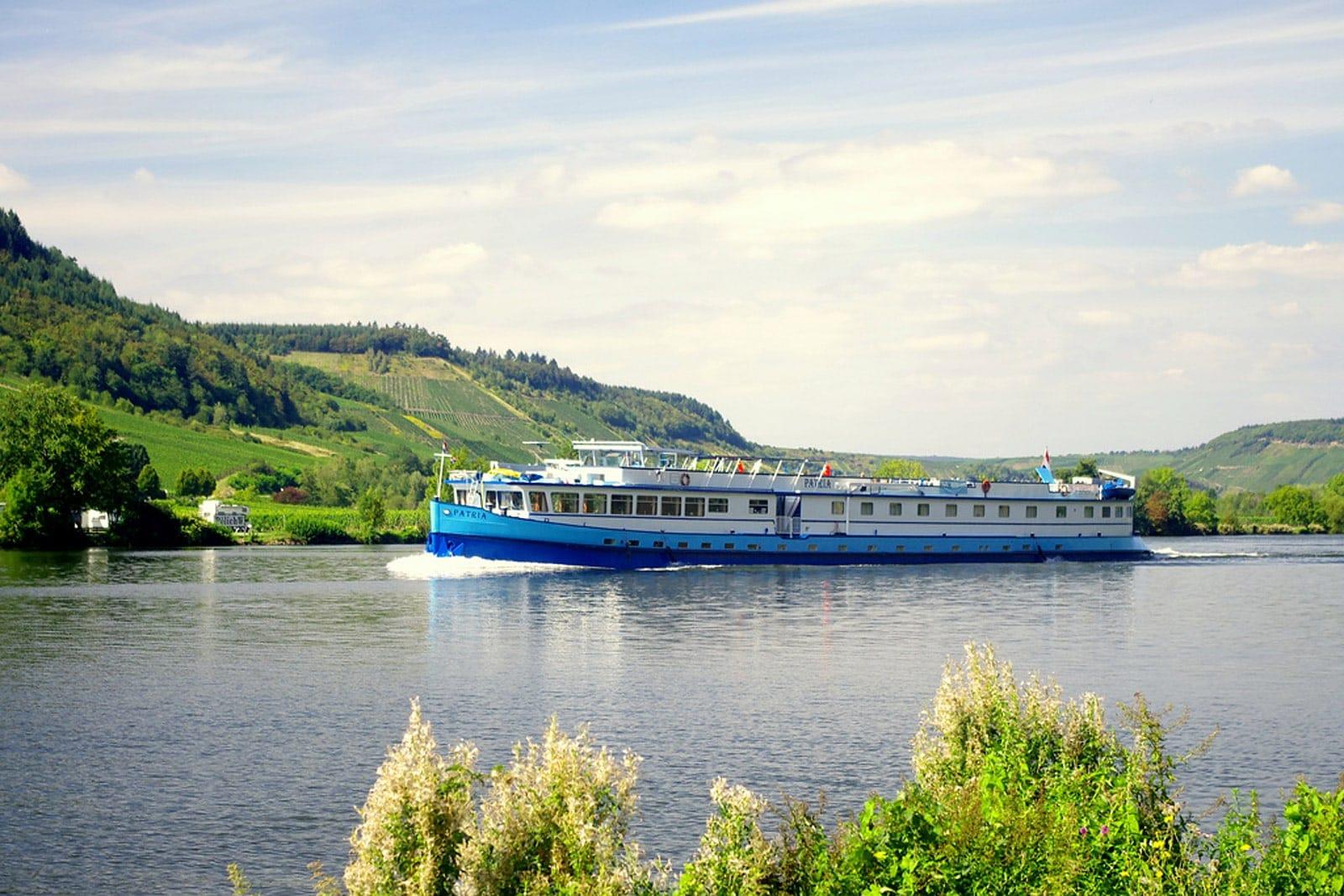 Rad und Schiff Neckar