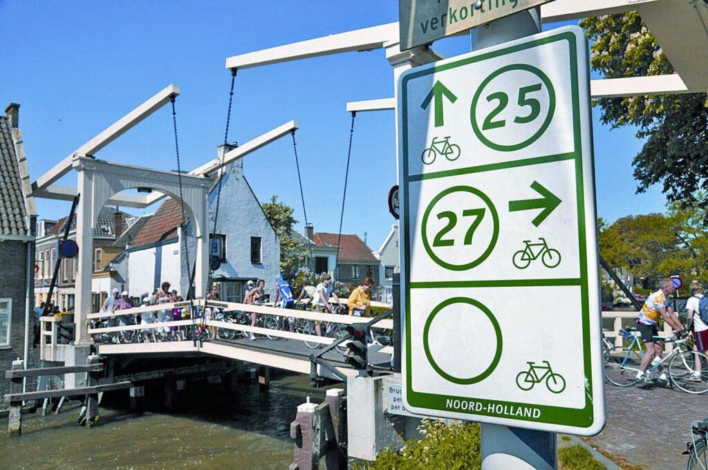 Rad und Schiff Nordholland Radurlaub Niederlande