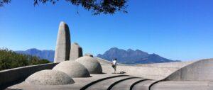 Sprachendenkmal in Suedafrika